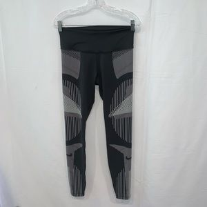 Nike Sri fit Athletic yoga running leggings